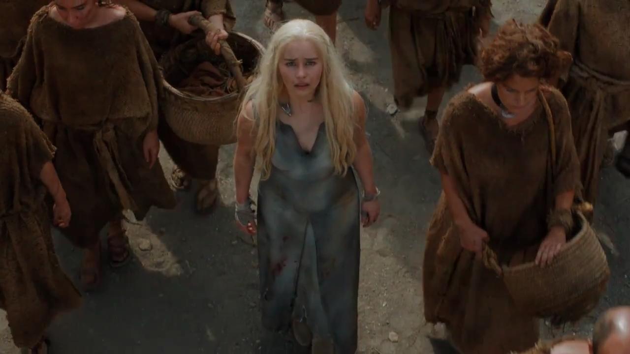 15 - Khaleesi